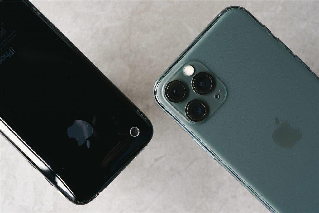 iPhone 11 vs. 3GS